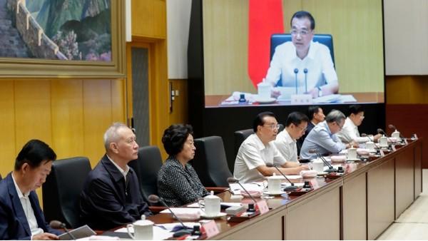 李克强:中国开放的决心要让外商放心、开放的政策要让外商受惠